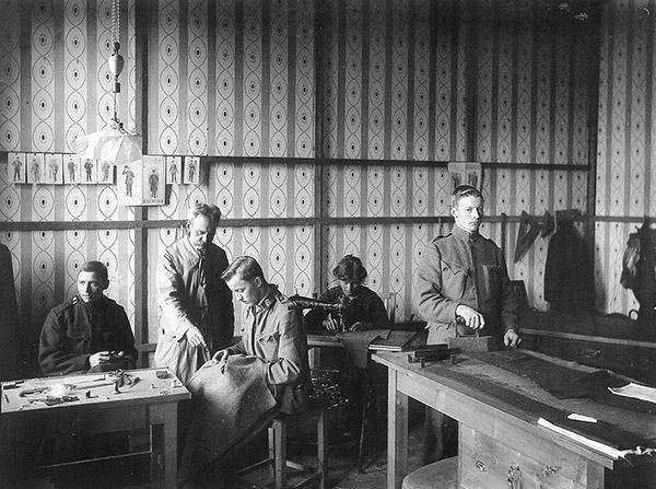 Heeresschneiderei um 1915 | © Stadtarchiv Salzburg