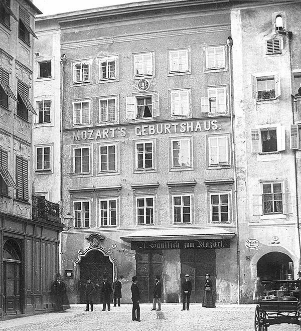 40_mozarts_geburtshaus_vor1886_c-stadtarchiv